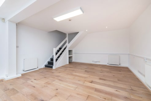 Strapline: Unique workspace with Ground floor frontage - Private ground floor entrance - Excellent ceiling height - Large skylight - Superb natural light - Rear mezzanine...