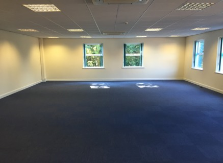 Ground Floor Open plan office on Parc Menai with 5 car parking spaces. 998 sq ft. Fast broadband available.  £10,000 pa rent  Close to A55  Modern high quality building.  Peaceful location on Chestnut Court at far end of Parc Menai  www.parcmenai.com...