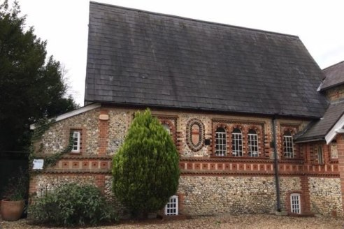 Attractive semi serviced office in Grade II Listed building