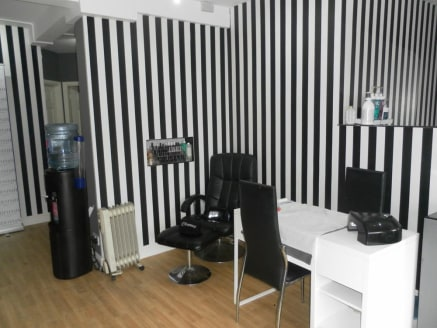 Aesthetics/Beauty Clinic & Hairdressing Salon Located In Sutton Coldfield For Sale\n\nOne Of Only 3 Salons In Birmingham That Does Skin Tightening\n\nRef 2296\n\nLocation\n\nThis exceptional Aesthetics clinic is located within a busy parade in Sutton...