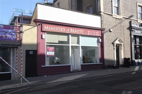 ***WELL PRESENTED RETAIL UNIT***   Ground floor shop of approximately 200sqft benefiting from a recent refurbishment and toilet facilities. The property is located in a prime position on St Michaels Hill, Kingsdown within close proximity to the Unive...