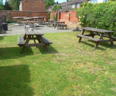 Leasehold Public House & Restaurant Located In Warwick\n\nRef 2363\n\nLocation\n\nThis respected Public House is located in the historic town of Warwick which is one of Warwickshire's popular tourist hotspots. It's sits within a prominent and highly....