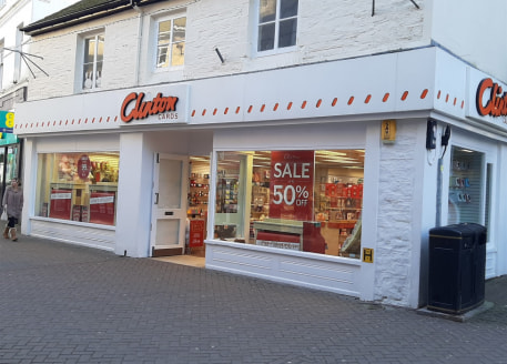 Prime retail unit with a retail area of 1,771 sq ft (164.5 sq m). First floor ancillary accommodation and former flat used for storage. There is a rear service yard/parking....