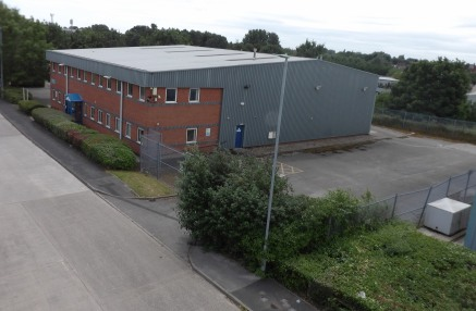 High Specification Industrial / Hybrid Unit Plus Additional Mezzanine Area circa 1,700 Sq Ft, Dedicated Yard and Car Parking