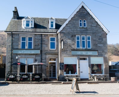 Popular Hotel with Bar & Bistro in the picturesque village of Killin