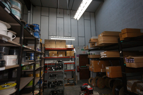Mid Terraced Warehouse Unit with Trade Counter