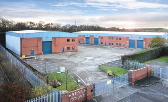 The estate consists of a parade of four recently refurbished terrace warehouse units and a single detached property of modern steel portal frame construction. The specification of Unit 4 includes: