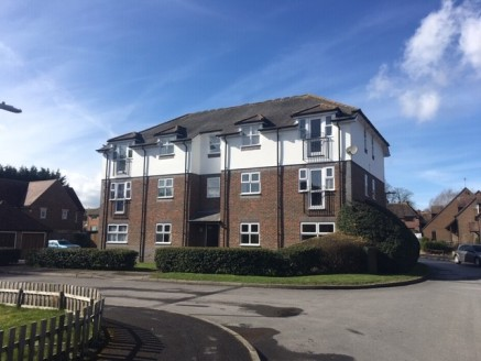 GROUND RENT INVESTMENT OPPORTUNITY  The property comprises a block of apartments set within this cul-de-sac at the heart of Lambourn.  We are selling the ground rent investment not single flats.  The property is 3 storey, brick built with pitched til...