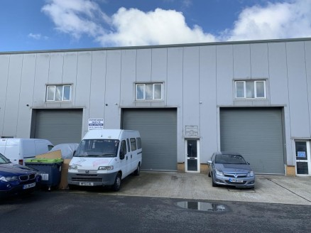 Industrial/ Warehouse Unit on Established Estate 169.2 m2 (1,821 sq ft) approx.
