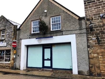 Busy Tourist Location in Heart of Peak District\n\n1,796 sq ft over 2 Floors\n\nTo Let on New...