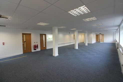 Modern office suites in NORTHFIELD with extensive car...