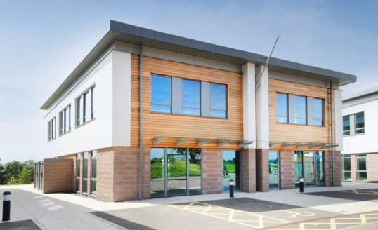 Ground and first floor office space located on Topaz Business Park Bromsgrove. High quality office accommodation set in a secure and landscaped parkland. 250 yards from junction 1 of the M42 motorway.