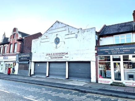 We are pleased to offer for sale a rare virtual freehold retail property.  The property has been owned and occupied as a carpet and flooring showroom for many years, by a local family business.  The property is triple fronted, with a recessed shop fr...