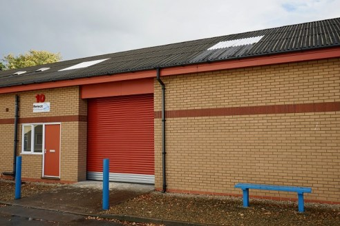 A 2,168 sq ft mid terraced industrial / warehouse unit situated on Strensham Business Park which is located within 3 miles of Junction 1 of the M50. The property benefits from a roller shutter door to the front elevation, office accommodation and thr...