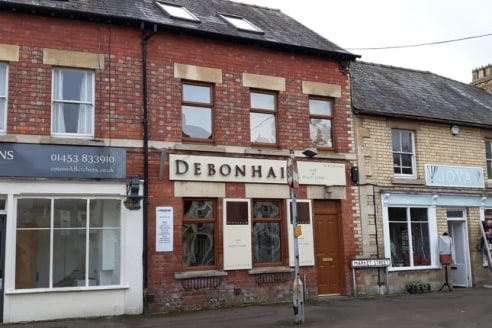 attractive first floor offices * three separate rooms * 212 sq ft * popular market town...