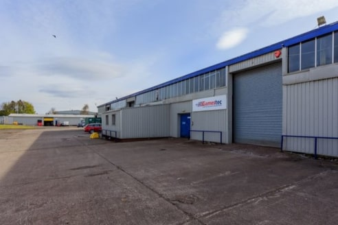 With 4 industrial warehouses available on short, medium and longer term let. All of which can be laid out and fitted to your exact requirements. We offer flexibility and affordability for small businesses in and near Bellshill....