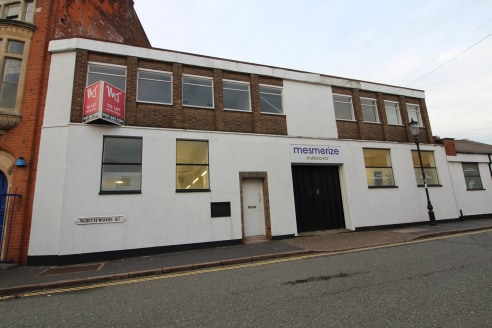 NEW BUILD four storey office premises in Birmingham's historic JEWELLERY QUARTER - Total (NIA) 2,492 ft2 (231.51 m2)...