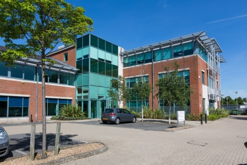 Key Features * Air conditioning * Raised floors * 26 car parking spaces * Within 1/2 mile of J9 of M25 Location Kings Court is located at the southern end of Kingston Road, within 1/2 mile of the M25 J9, and a short distance to Leatherhead town centr...