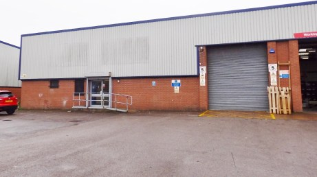 Unit 4A comprises a semi-detached single storey trade counter/ industrial unit, with clear eaves height of 3.85m rising to 5.15m....