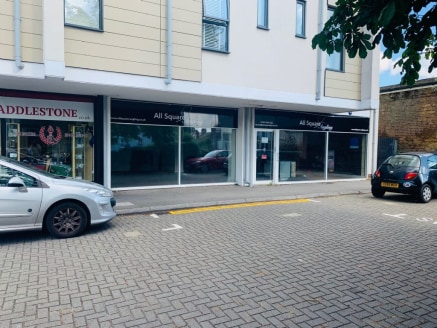 Shop unit to let next to Addlestone Station
