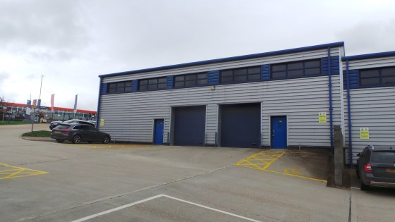 This terrace of 4 units is built into a slope with units 1 and 2 being at a higher level than 3 and 4 however, they have previously been inter-connected and all four could be let as one unit if required. The building is of steel portal frame, having...