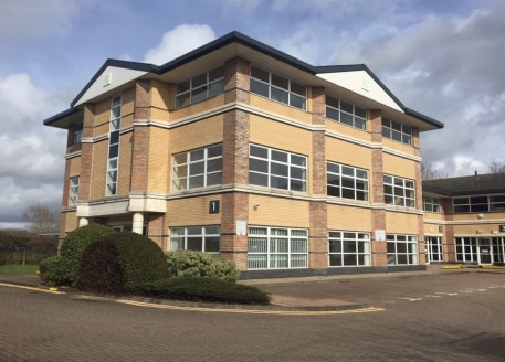 Ground Floor 2,300 sq ft (214 sq m) First Floor 2,258 sq ft (209 sq m) Quoting rent £9.50 per sq ft per annum Service charge stands at approximately £2.00 per sq ft per annum....