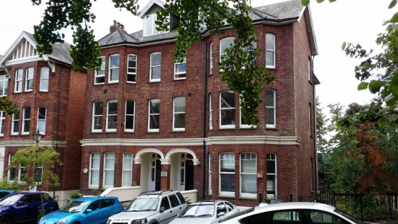 The office comprises a single room in part of the lower ground floor of a double fronted period building. The office is currently being used as a therapy room.\n\nThere is a lift which is accessed directly from an attractive entrance lobby....