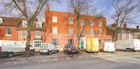 Canon House is situated in the centre of Beaconsfield Old Town on London End (A40) and less than 5 minute's drive to Junction 2 of the M40 motorway and approximately 25 miles west of Central London. Beaconsfield Old Town provides superb office enviro...