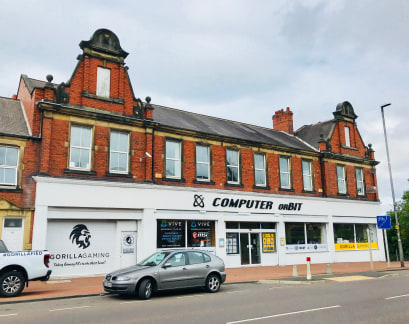 FIRST FLOOR OFFICES - TO LET  LOCATION  The subject premises are prominently located on the east side of Old Durham Road close to the junction with Lynnholme Gardens. The property is therefore close to Gateshead town centre on one of the main arteria...