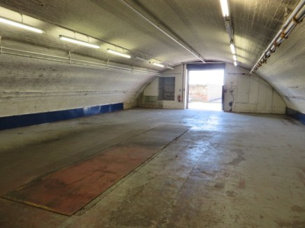 Versatile railway arch premises ideal for workshop and/ or storage use. Internally the accommodation comprises open plan workshop/ storage area with vehicle inspection pit and perimeter power points, small office and WC.<br><br>ACCOMMODATION<br>Works...