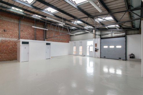 The properties comprise of purpose built steel framed light industrial warehouse unit with part brickwork and part blockwork walls and a concrete floor.