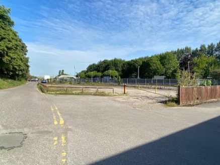 The site totals approx 0.23 acres and benefits from planning permission for 7 three storey dwelling houses which total some 9,384 sq. ft.  The planning permission is available to view via West Berkshire Council Planning Portal ref Number 17/03506/FUL...