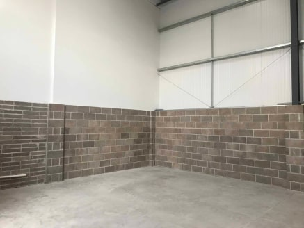 LOCATION The property is located on a new development of industrial/ warehouse units on Cobham Road on the popular and well established Ferndown Industrial Estate only a quarter of a mile from the junction with the A31 giving dual carriageway/motorwa...