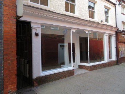 A Rare Freehold Oppportunity In The Heart Of The Town Centre