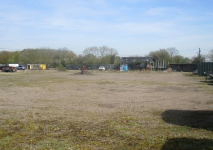 * 0.5 Acre Plot of Land - Licence, No Solicitor Fees.<br />* 15 minute drive from St. Neots.<br />* 15 minute drive from A1.