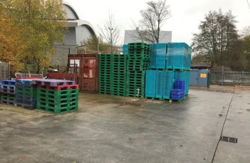 The property comprises a detached food grade factory with integral ground floor and mezzanine office accommodation, cold stores, canopied loading bay, secure rear compound and car parking.<br><br>The original structure has been extended to the rear,...