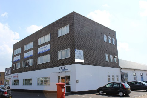 The property comprises an industrial unit with mezzanine floor and internal office with a large, secure yard.\n\n* WC facilities\n\n* Roller shutter door\n\n* Convenient access to mainline station and motorway networks\n\n* Parking for at least 5 veh...