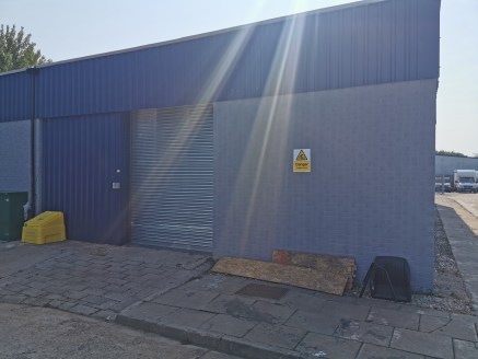 Industrial/Warehouse Unit  Size - 1,728 sq ft