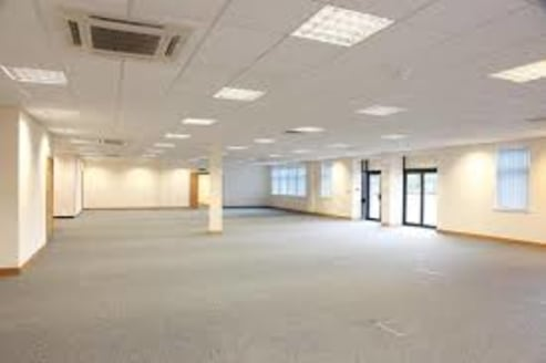 Warwick House offers modern office accommodation with allocated car parking in a landscaped and secure setting with the following specification :\n\n* Premises benefit from existing fit out if required\n\n* Passenger Lift Unit 3\n\n* Suspended ceilin...