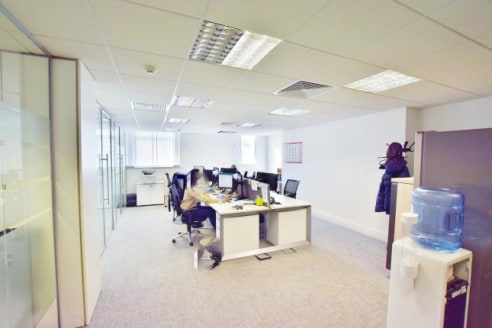 Available immediately Fully fitted, Plug & Play, great quality office space available immediately in the City...
