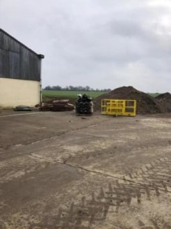 We are pleased to offer this WAREHOUSE to let. The property is ideally located within 5 minutes drive of Junction 7 or the M11. The space benefits from having THREE PHASE POWER and ELECTRIC ROLLER SHUTTER. Access for 40Ft lorries. CCTV and coded gate...