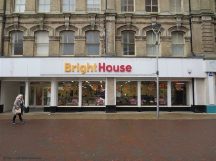 The property is situated in a pedestrianised area on the eastern edge of the town centre close to the junction with Tavern Street and Upper Brook Street.   Major occupiers in the vicinity include B&M, Superdrug, Poundland and Card Factory. A new prim...
