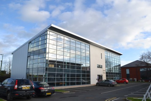 Prestigious office premises at Shropshire's Premier office location.\nModern workspace with: Lift, Air Conditioning\nRaised Access floors, Car Parking\nArea: From 87.78 sq m (945 sq ft) - 545....