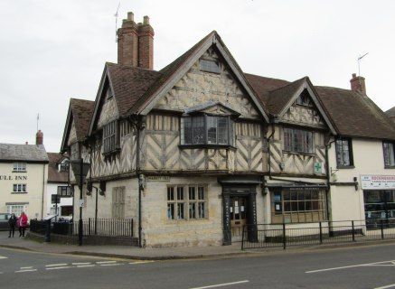 Town Centre Retail Premises in The Manor House A Fine Grade II listed Building
