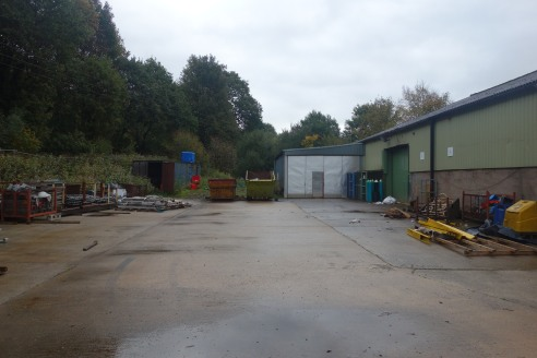 The property comprises of a modern detached steel portal frame, with part block work wall elevations, clad beneath a pitched steel sheet roof.   Internally the property provides an open plan warehouse / manufacturing space with singular office, W.C a...