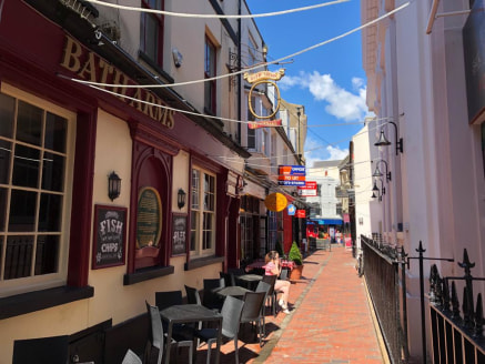 Character Offices in the Heart of Brighton's Historic Lanes TO LET