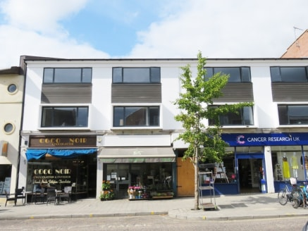<p>The property is located within the primary retail area of the Headington suburb of Oxford and accommodates a good mix of local retailers.</p><p>The property is located within the primary retail area of the Headington suburb of Oxford and accommoda...