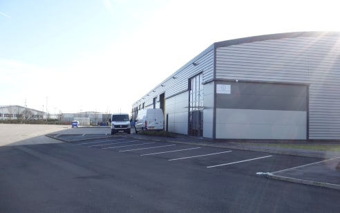 Agecroft Commerce Park The excellent location has attracted Bunzl, Squirrel Storage, PZ Cussions, Securicor and Nimans.   Unit Specification    Eaves Height (6M)    Floor Loading (35kN per sq.m)    Micro-Rib Cladding    Large Concrete Yard