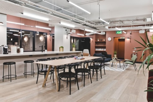 *Offices For Rent, from £375.00 per month*   Another Green building (award winningly so), Kirby Street has the largest roof terrace of any of TOG's other buildings. Working again with architects Wells Mackereth, there's plenty of colour and more emph...