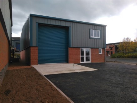 A brand new detached, 2,400 sq ft industrial unit situated on Saxon Business Park Bromsgrove. Good loading,unloading and car parking provisions.